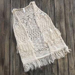Girl's Fringe Sweater Vest L (10-12)